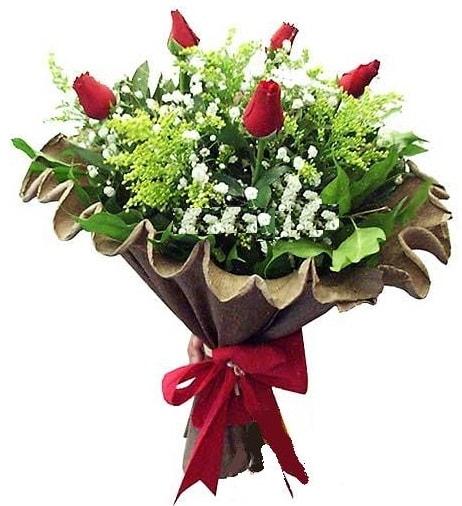 5 adet gülden buket  Diyarbakır uluslararası çiçek gönderme