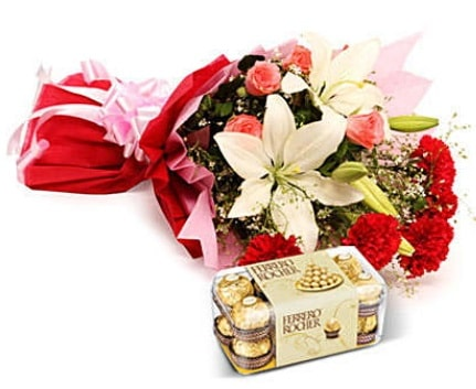 Karışık buket ve kutu çikolata  Diyarbakır çiçek servisi , çiçekçi adresleri