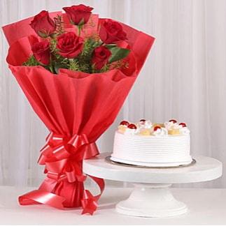 6 Kırmızı gül ve 4 kişilik yaş pasta  Diyarbakır çiçek servisi , çiçekçi adresleri